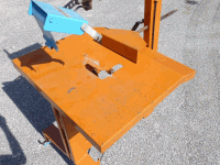 Agricultural Machine - Workbench for chainsaw