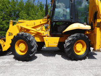 Backhoe loader JCB 2DX