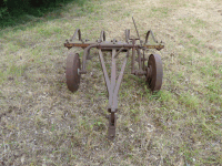 Agricultural Machine - Pulled plow x 7
